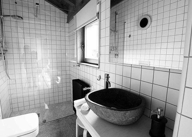 baño_apartamento_03_apartamentoscasafrutos.com