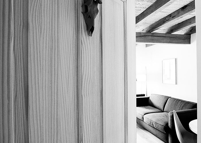 puerta_apartamento_02_apartamentoscasafrutos.com